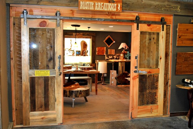 Artisan crafted products from Reclaimed, Salvaged and Antique Wood.